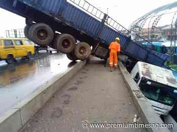Truck plunges into BRT Station in Lagos - Premium Times