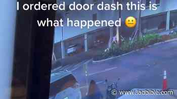 DoorDash Delivery Driver Takes Photo Of Customer's Food, Before Walking Off With Order - LADbible