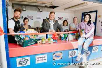 Bucks Head kicks off new community food bank - shropshirestar.com