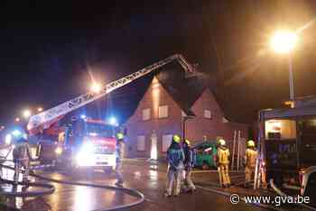 Brand na blikseminslag op huis - Gazet van Antwerpen