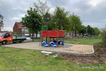Gemeente plaatst reeks nieuwe speeltoestellen - Gazet van Antwerpen