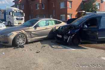 Gewonde bij ongeval aan kruispunt in Riemst - Het Belang van Limburg
