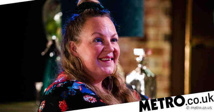 EastEnders star Lorraine Stanley stuns fans with her 'twin' sister