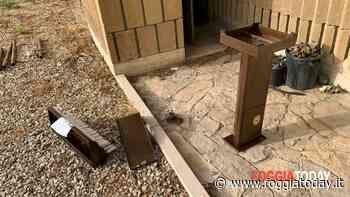 Brutto episodio nella chiesa Sant'Antonio da Padova, fedeli sconcertati: divelto e saccheggiato votivo per l'accensione delle candele - FoggiaToday