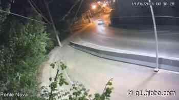 Carro bate em defensa e deixa três feridos em Porto Feliz; vídeo - G1