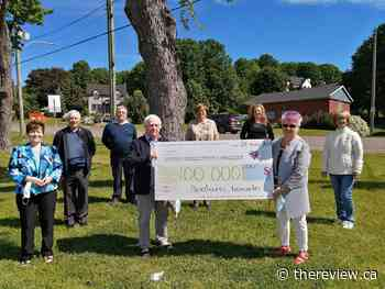 Lachute hospital auxiliary donates $100000 to hospital foundation - The Review Newspaper