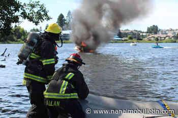 Boat burns up on Nanaimo's Long Lake, man and child unhurt – Nanaimo News Bulletin - Nanaimo Bulletin