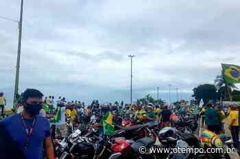Manifestantes fazem 'motociata' pró-Bolsonaro em Jaboatão dos Guararapes - O Tempo