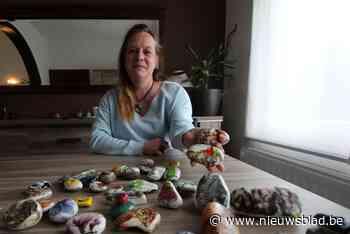 Versierde stenen vragen aandacht voor Dag van de Mantelzorger
