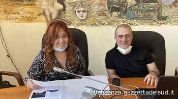 """Cosenza, ecco i """"pescatori di stelle"""" di Rosa Martirano. Dedicato a chi non ha mai smesso di sognar - Gazzetta del Sud - Edizione Cosenza"""