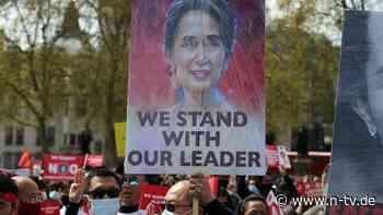 Bei Protesten in Myanmar: Anhänger senden Suu Kyi Geburtstagsgrüße - n-tv NACHRICHTEN
