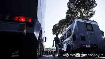 Italia-Galles: tifosi italiani cercano lo scontro con i britannici, sei Daspo