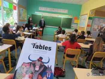Les Fables de La Fontaine offertes aux élèves de CM2, dans les écoles de Seine-Maritime - actu.fr