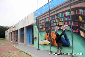 Grafite dá cara nova a espaço comunitário no bairro Vargas, em Sapucaia do Sul - Jornal VS