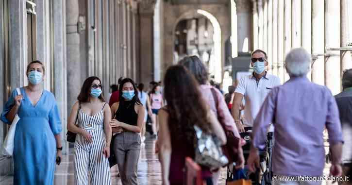 """Stop alla mascherina all'aperto, il Cts dà via libera. Speranza: """"Dal 28 giugno superiamo l'obbligo in zona bianca"""""""