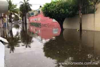 Provocan inundaciones y apagones lluvias generadas por 'Dolores', en Mazatlán - Noroeste