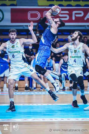 POFF B F G3 - Cividale supera Fabriano e riapre la serie - Basketinside.com - Basketinside