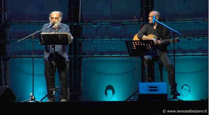 """""""FUORI!"""" Haber ritrova il pubblico dal vivo a Bolzano - La Voce di Bolzano"""