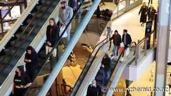 Covid 19 coronavirus: 'Scary' CCTV footage of virus spread at Sydney mall has health officials on edge - New Zealand Herald