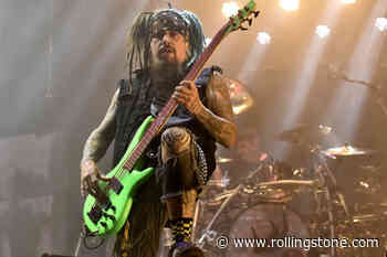 Korn Bassist Fieldy Announces Hiatus From Band to Deal With 'Bad Habits'