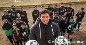 La historia del Club Atlético Universitario: de siete chicos en un baldío a la Liga Mendocina - Los Andes (Mendoza)