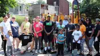 Philadelphia man helping young adults get a head start in life - WPVI-TV