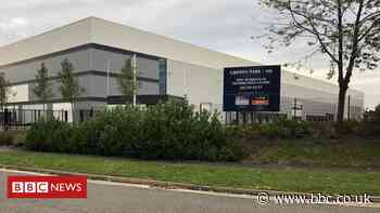 Milton Keynes warehouse: Review author resigns following more delays