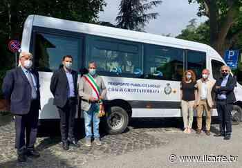 Nuovo autobus 'multifunzione' per Grottaferrata. Sconti ai turisti - Il Caffè.tv