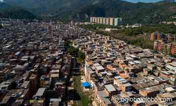 'Não vamos acabar com todas as favelas do Rio', diz Paes ao assinar acordo com MPRJ contra construções ilegais - Jornal O Globo