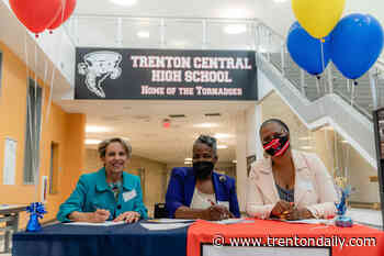 TCNJ partners with Trenton Board of Education for Early College High School Program - TrentonDaily News