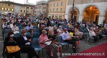 Fano vibra di idee e riflessioni: Passaggi rianima la città il piacere di tornare a incontrarsi - corriereadriatico.it