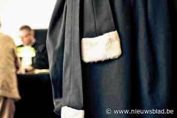 Voorwaardelijke celstraf voor kapper die eigen zaak in brand stak om verzekering op te lichten - Het Nieuwsblad