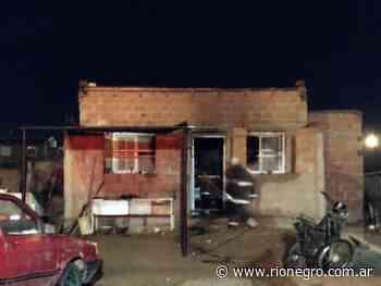 Un incendio en Cutral Co consumió una vivienda y hay un nene herido - Diario Río Negro
