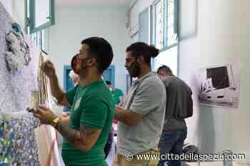 I rifiuti della casa circondariale diventano un'opera d'arte - Città della Spezia