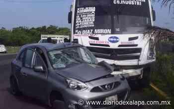 Tras choque conductor muere de presunto infarto - Diario de Xalapa
