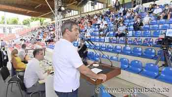 Das Stadion wird zum Freiluft-Tagungszentrum - Süddeutsche Zeitung - SZ.de