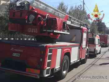 Incidenti stradali, auto cade dal ponte: 3 feriti a Carini - ilSicilia.it