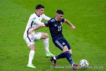 Mason Mount and Ben Chilwell isolating after interacting with Billy Gilmour - Hillingdon Times
