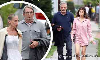 Alec Baldwin and wife Hilaria go out with Sarah Jessica Parker and husband Matthew Broderick in NY - Daily Mail