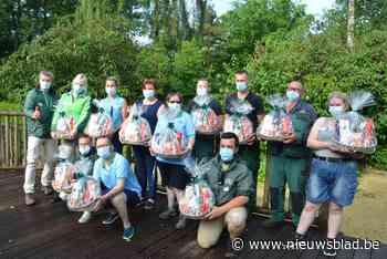 Onderhoudsmedewerkers Bellewaerde krijgen cadeau en hulp directie<BR />