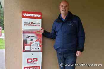 Sparwood installs public AED – The Free Press - The Free Press