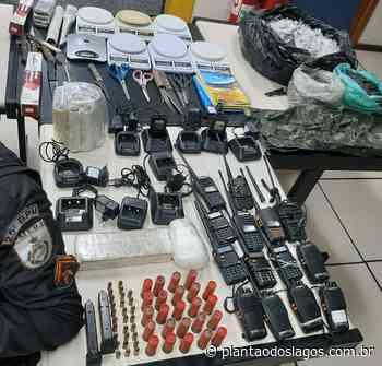 PM apreende 2kg de entorpecentes em armazém no Jardim Esperança, em Cabo Frio - Plantao dos Lagos