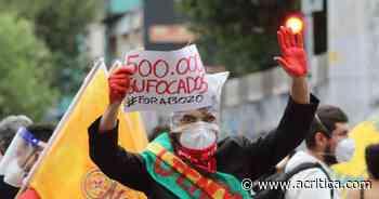 Manifestantes tomam ruas do Centro de Manaus em protesto anti-Bolsonaro | Manaus - A Crítica