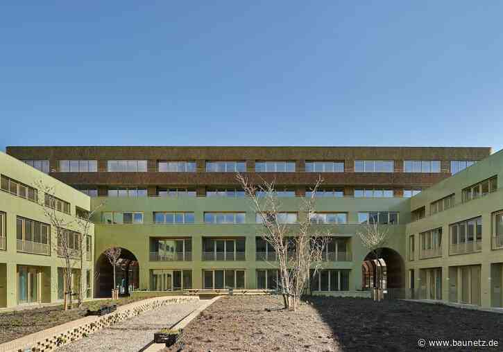 Tradition in Welle und Farbe  - Wohnungsbau in Amsterdam von Korth Tielens und Marcel Lok