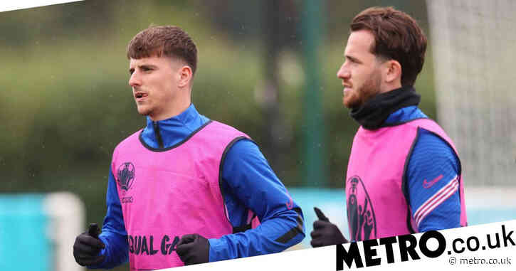 'Gutted' Mason Mount and Ben Chilwell send message to England team-mates from Covid isolation