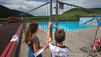 28 Kinder verletzen sich im Schwimmbad: Nichtschwimmerbecken geschlossen - Kreis Cochem-Zell - Rhein-Zeitung