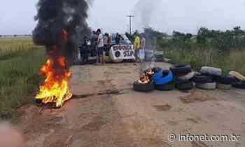 Manifestantes protestam contra buracos em rodovia de Tobias Barreto - Infonet