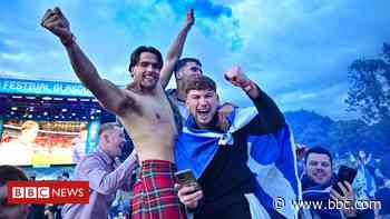 In pictures: Scotland fans celebrate England result - BBC News