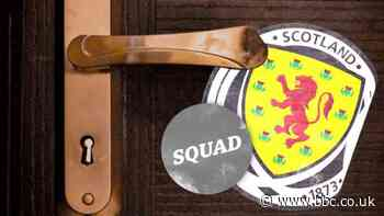 Through the keyhole at the Scotland camp - BBC Sport