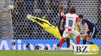Live! 3:1! Zaubertor von Luka Modric, Kroatien jetzt Zweiter